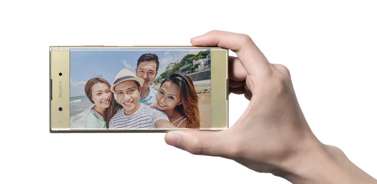Czarna Sony Xperia XA1 Plus obiektyw panoramiczny selfie 8 mpix