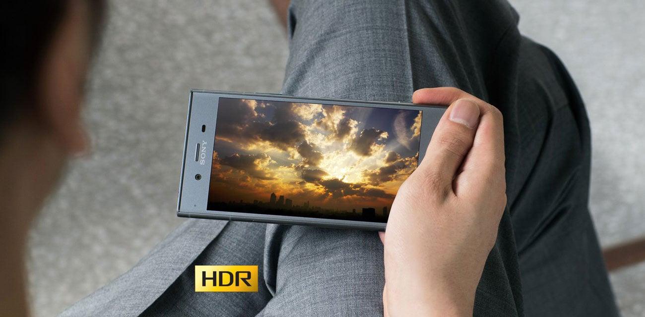 Sony Xperia XZ1 ekran 5.2 TRILUMINOS BRAVIA HDR