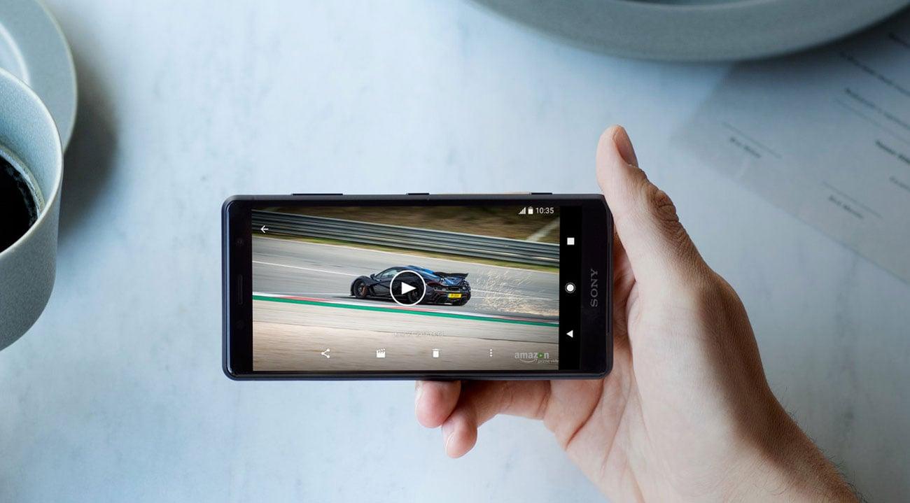 Sony Xperia XZ2 compact ekran 5 triluminos hdr bravia