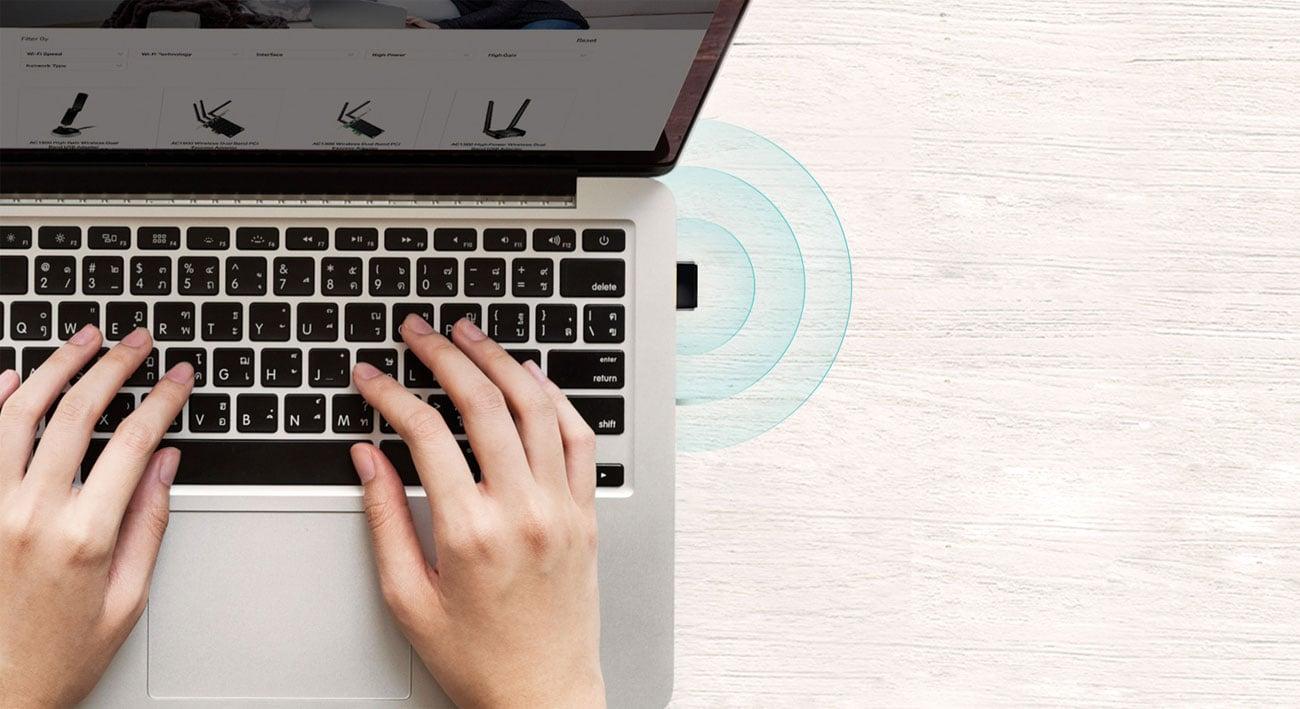 TP-Link Archer T2U Nano Karta sieciowa w laptopie