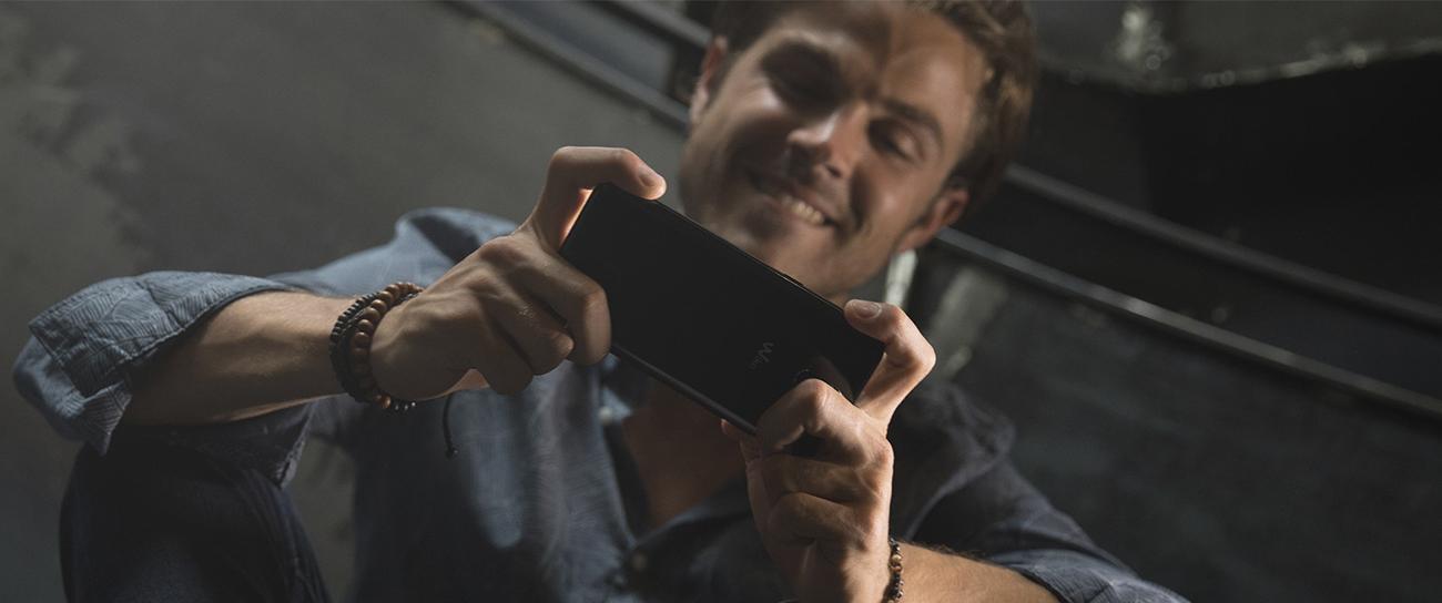 Wiko Wim 64 GB FHD czarny
