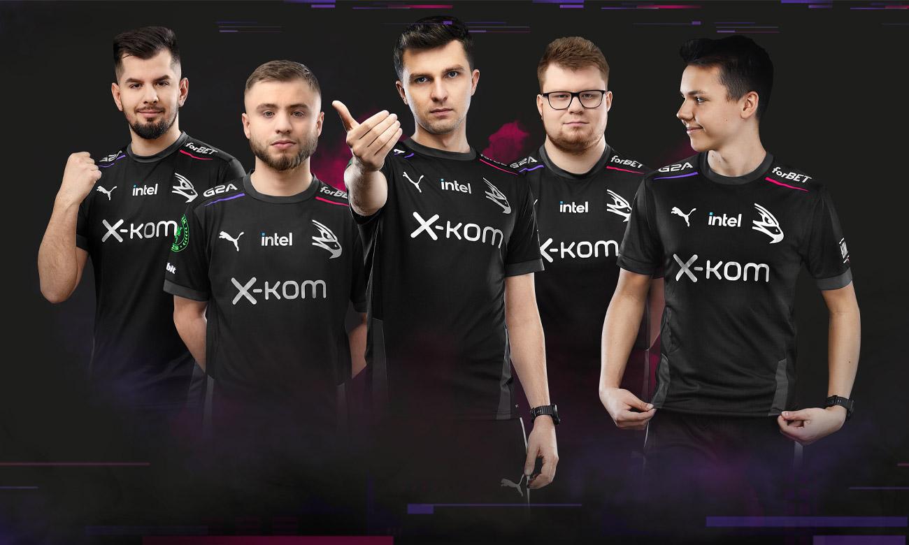 x-kom AGO BLACK HAWKZ