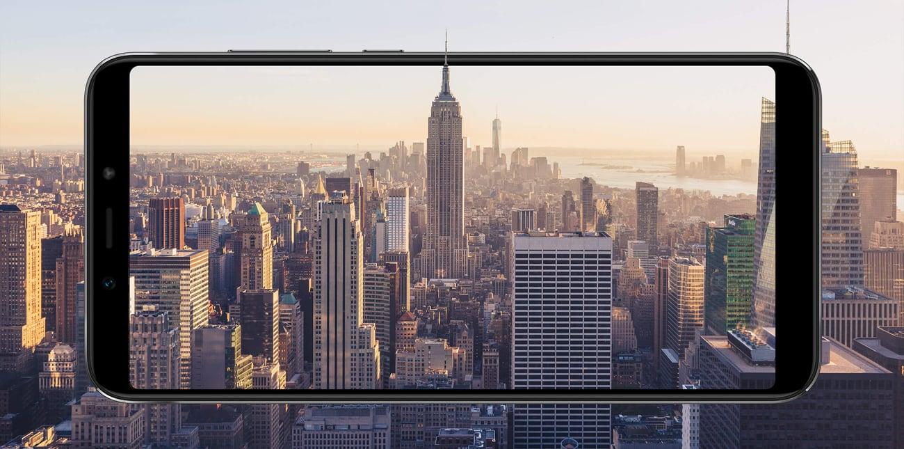 Xiaomi Mi A2 panoramiczny ekran