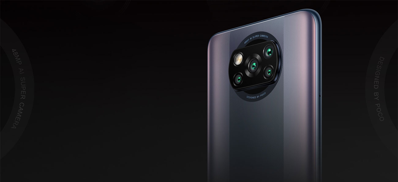 Główny aparat z czterema obiektywami