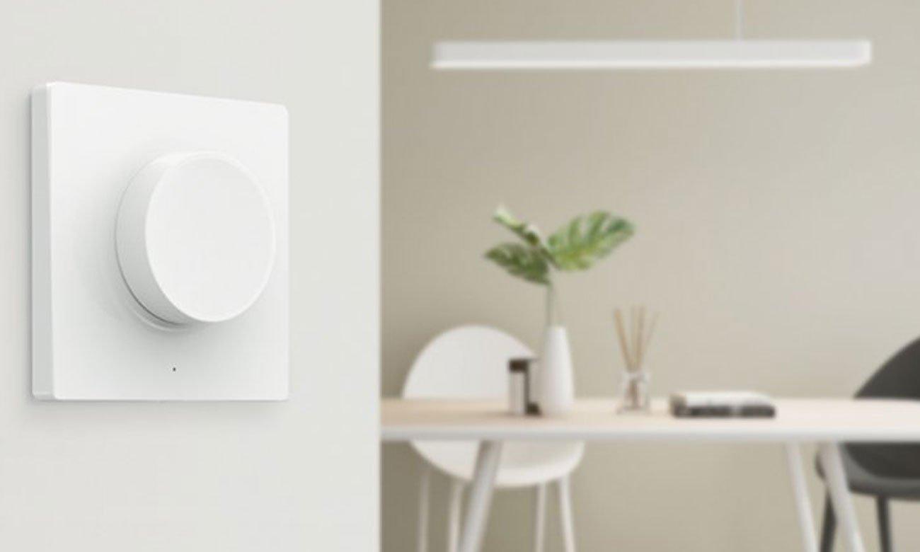 Przycisk wireless smart dimmer na ścianie