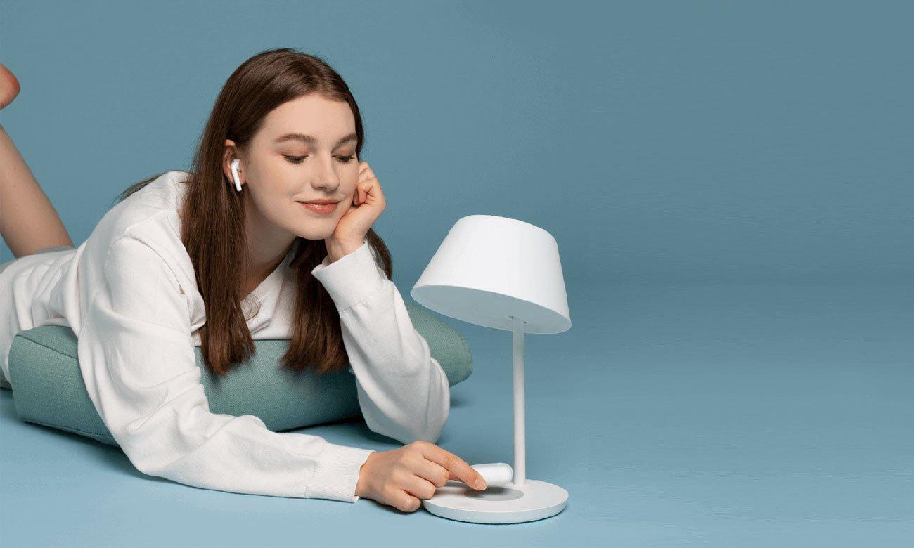 Inteligentna lampka nocna Yeelight Staria Pro