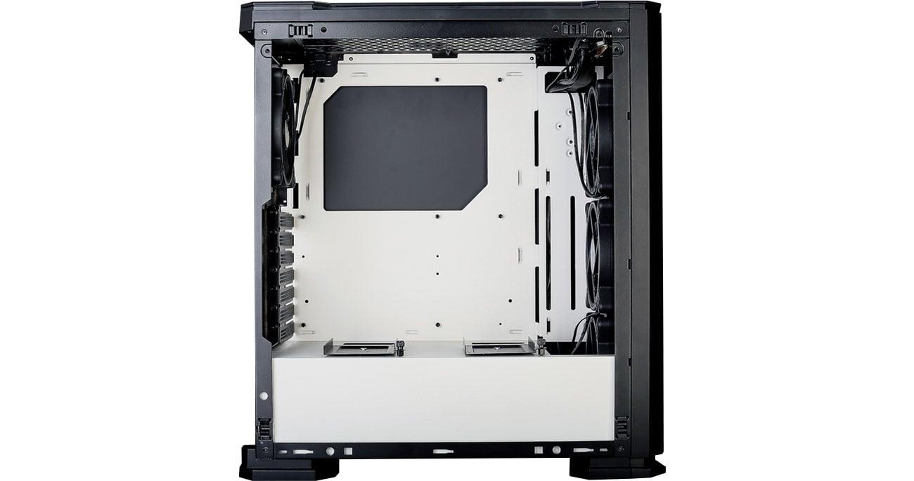 Zalman X3 White - Wnętrze