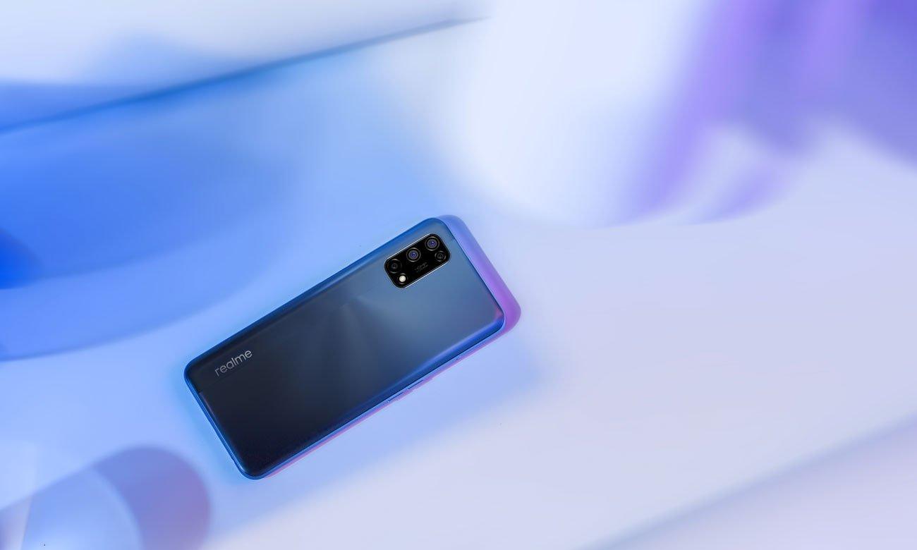 realme 7 128 GB 120Hz 5G Blue obudowa